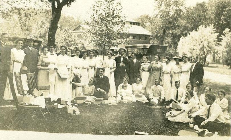 Reunion Picnic, 1912