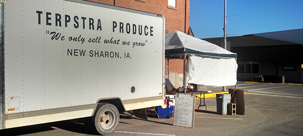 Produce truck parked in New Sharon, IA