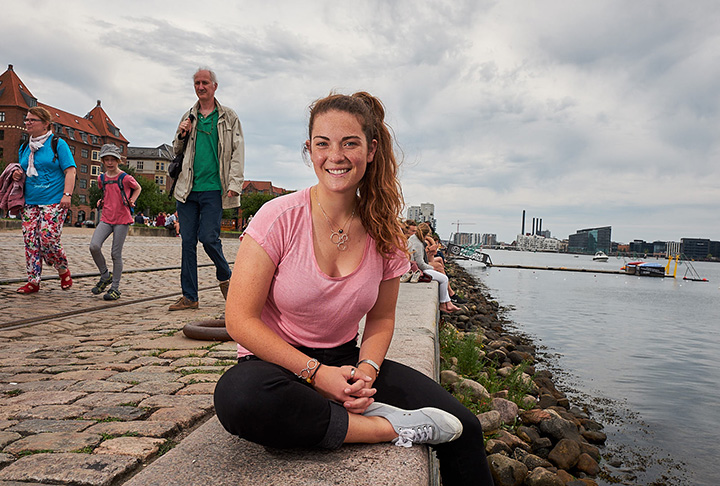 Lucy Chechik '18 at the Copenhagen harbor