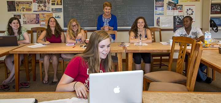Grinnell students and prof work on script for Balancing Acts