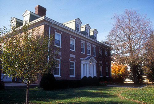 Grinnell House in the autumn