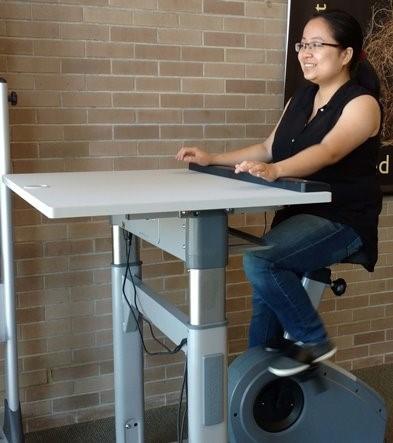 Grinnell College Libraries Bike Desk