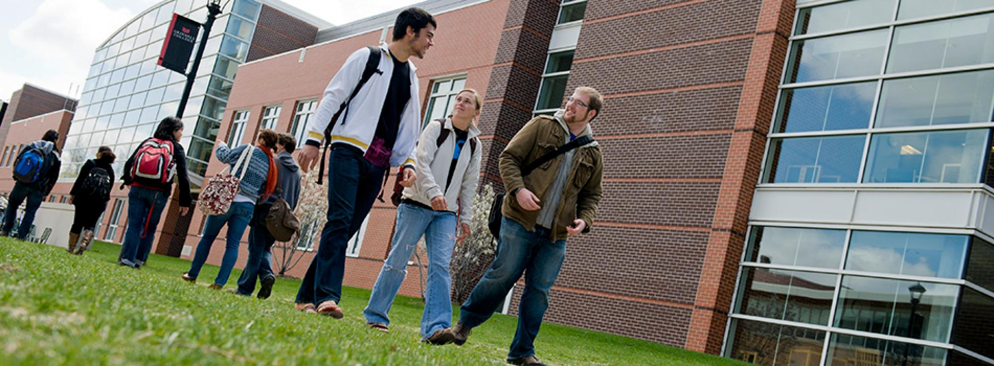 Students walking in front of Noyce Science Center