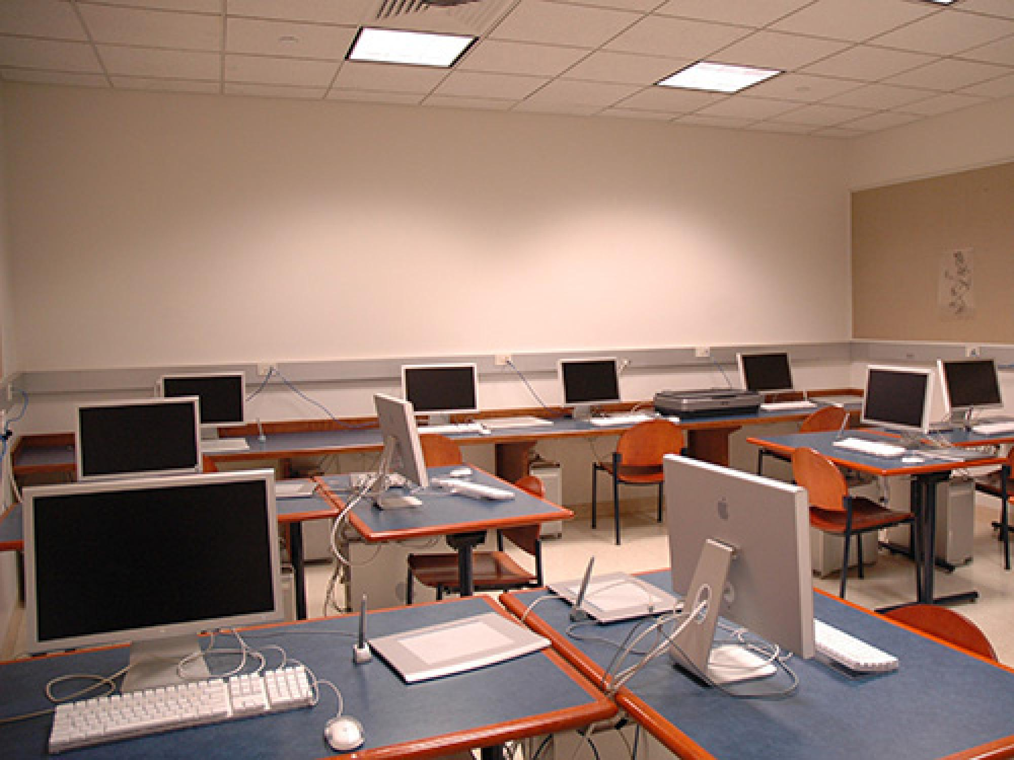 Bucksbaum Studio Art Technology Lab