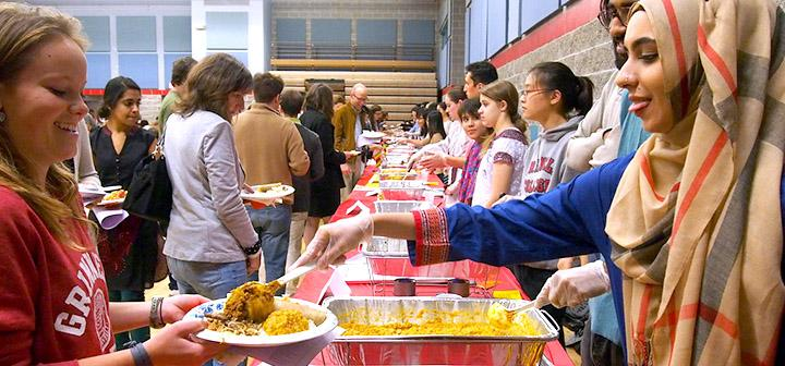 Long lines at the food tables