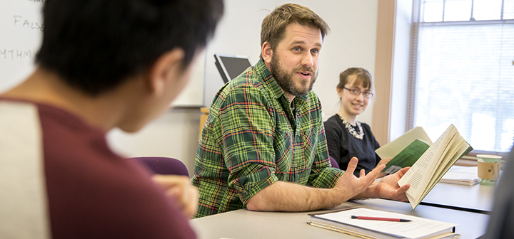 Dean Bakopolous teaching a course