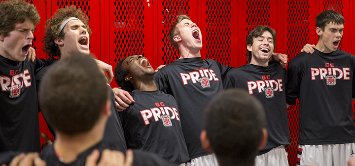 Grinnell men's basketball players shout out