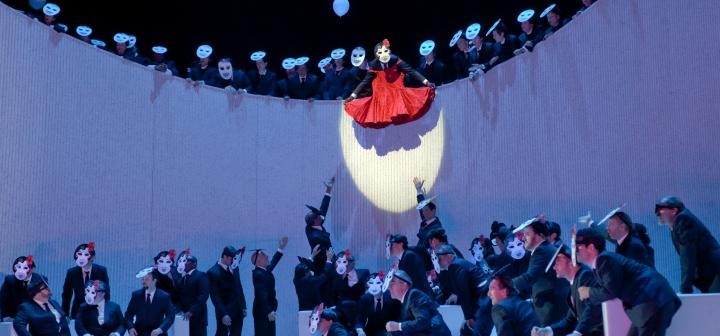 Verdi's La Traviata, Scene II