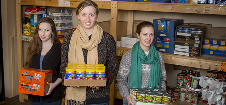 Students at food bank