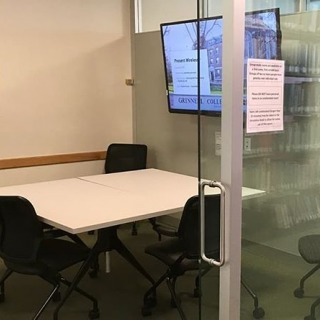 Good luck with Mid Sems! Burling and Kistle libraries have several places to study quietly, including individual study carrels and tables in both libraries.  Read about study space options here: https://www.grinnell.edu/news/need-place-study  #studying #libraryspaces #midsems