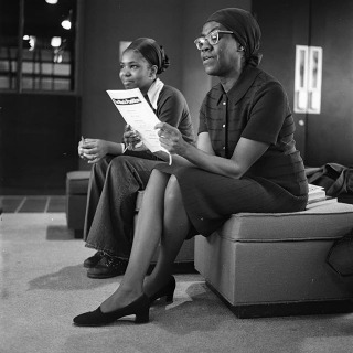 #tbt In 1988 the Louise R. Noun Program in Women Studies hosted a two-day symposium which brought Gwendolyn Brooks to campus. Brooks was a poet, author, and teacher and was the first African American to receive the Pulitzer Prize. Share your memories of this event in the comments!  #poet #grinnellcollege