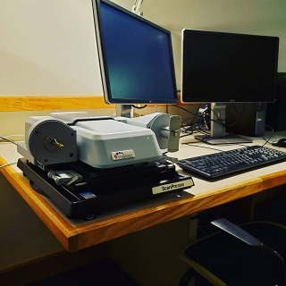 There are two new all-in-one microfilm readers in the microfilm area of the media room. If you need assistance, just stop and ask at the circulation desk!  #grinnellcollegelibraries #microfilm