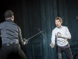 https://www.grinneBenedict Cumberbatch and Kobna Holdbrook-Smith at the Barbican Theatre
