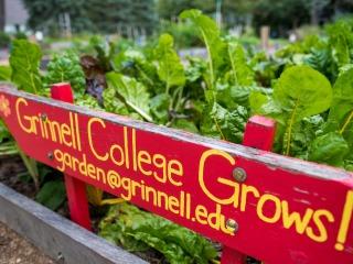 grinnell college garden sign