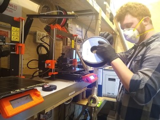 Sage Kaplan-Goland '20 Using 3D printers to produce personal protective equipment at the MakerLab