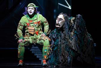 Scene from Met Opera Die Zauberflöte