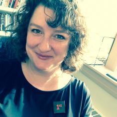 Carolyn H Lewis