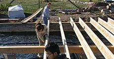 Habitat for Humanity student volunteers