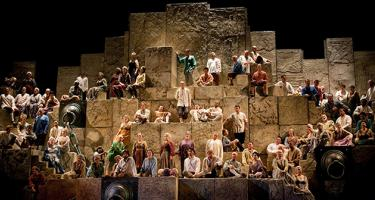 Crowd scene in Met Opera's Nabucco