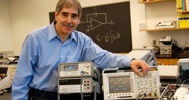 Rich Wolfson in lab